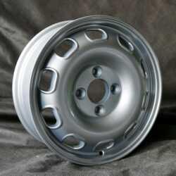 5,5X15 4/108 ET23 Maxilite Replika TZ silber  Alfa Romeo 105, 101, 750
